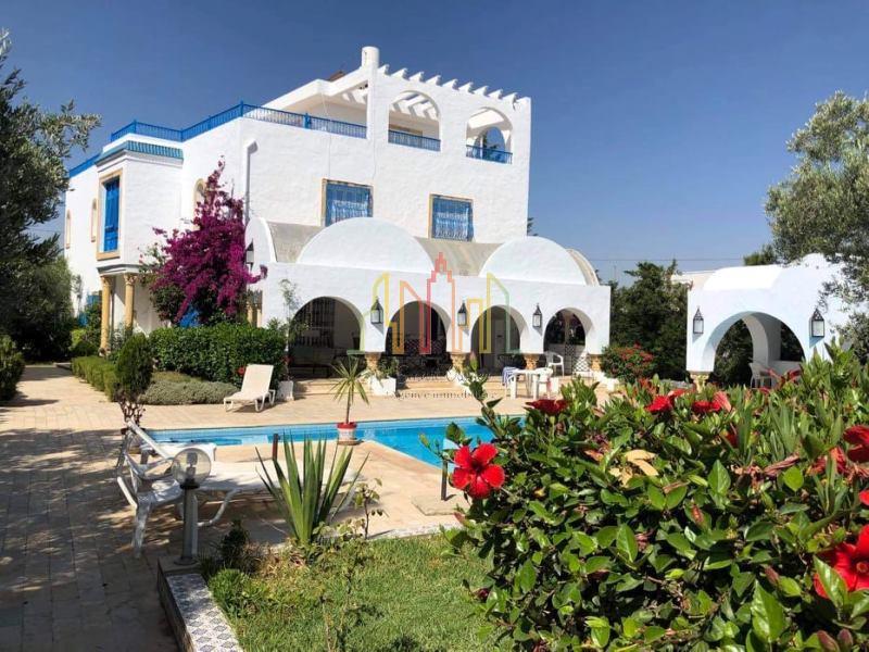 V135 Villa DES ARCS